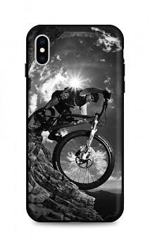 Zadní silikonový kryt DARK na iPhone XS Mountain Rider