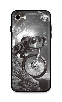 Zadní silikonový kryt DARK na iPhone SE 2020 Mountain Rider